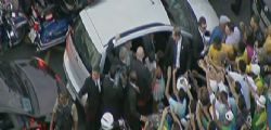 Papa Francesco in Brasile : migliaia in strada a Rio de Janeiro