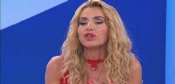 Bacia benissimo! Valeria Marini e il flirt con Jovanotti