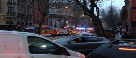 Nuova sparatoria a Parigi : Colpi di Kalashnicov contro agenti, due feriti preso un uomo in fuga