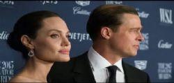 Non è soddisfatta del divorzio! Angelina Jolie usa il figlio Maddox per ricattare Brad Pitt