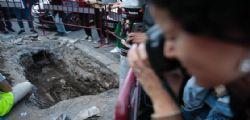 Choc a Roma! Scheletro trovato davanti all'uscita della stazione della metro Piramide