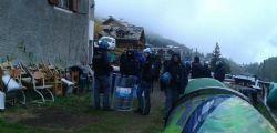 La Gendarmeria francese scarica migranti sul confine italiano