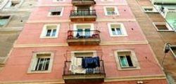 A Bologna Inquilini chiamano la polizia : Ci sono i ladri sul tetto ma è una giovane coppia appartata