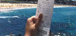Australia : Vince due volte alla lotteria , Ora vado alle Hawaii