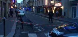 ISIS Parigi, accoltella passanti in centro : un morto e 4 feriti