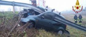 Chioggia, auto finisce fuori strada : Morta una suora trafitta dal guardrail
