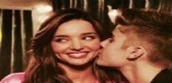 Miranda Kerr alimenta il fuoco tra Justin Bieber e Orlando Bloom