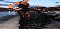 Elisabetta Gregoraci sul palco di Battiti live è uno schianto!