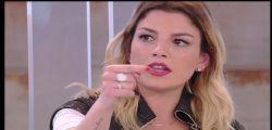 Chiudi la bocca! Emma Marrone sbotta contro un hater sui social