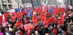 Polonia in piazza contro il governo : Libertà, uguaglianza e democrazia