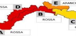 Allerta rossa a Genova! 36 ore di piogge, non uscite di casa