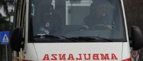 Assisi : Ragazza 29enne si taglia le vene e la gola in strada!
