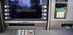 Milano : fanno saltare in aria un Bancomat e rubano 60.000 euro