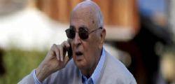 Giorgio Napolitano e i raid in Libia Il silenzio del complice rosso