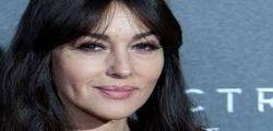 Monica Bellucci sexy : Imbarazzo a Stasera casa Mika