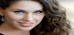 Cassandra Bankson : la modella youtuber con due vagine
