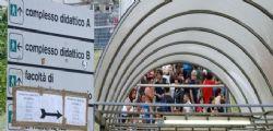 Universitaria suicida a Napoli : Studentessa 26enne di è lanciata dal tetto