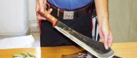 Bergamo : Spara a due fratelli e li aggredisce con il machete
