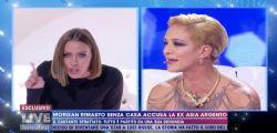 Asia Argento fa infuriare la Karina Cascella: Ma tu chi sei? Che posto hai nel mondo?