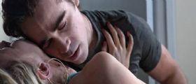 Il bacio sul collo è violenza sessuale: La decisione della Cassazione