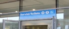 Mestre, overdose nei bagni della stazione : Un custode dei servizi da l