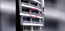Panama : 44enne per un selfie precipita e muore dal 27° piano - Video