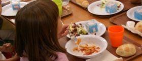 Bologna : Bimbo trova un bullone nella sua crocchetta della mensa scolastica