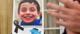Il piccolo Gabriel morto strangolato dalla compagna del padre e ritrovato nel baule dell