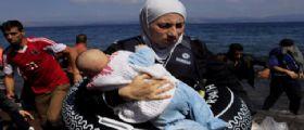 Migranti Turchia nel mar Egeo : Sei bimbi morti affogati