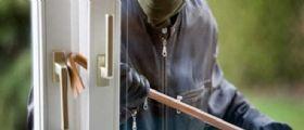 Benevento/ sequestrate in casa da 4 rapinatori : Incubo per 3 ragazze, la mamma colpita alla testa
