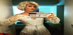 Justine Mattera versione Marilyn Monroe stupisce ancora