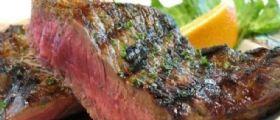 Nigeria, mangiano un gustoso piatto di carne al ristorante ma poi fanno una scoperta da brividi!