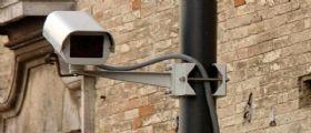 Nuovo piano sicurezza a Napoli : Scuole aperte in estate e oltre 600 nuove telecamere