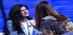 Pamela Prati a Verissimo : Mai visto Mark Caltagirone, dovevo incontrarlo il giorno delle nozze. Ho paura