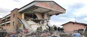 Milano, palazzina esplode e crolla : 9 feriti, gravi 2 fratellini e i genitori