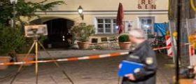 Germania, kamikaze si fa esplodere a Ansbach: Aveva già tentato il suicidio