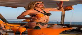 Sara Licata in vacanza relax a Ibiza: è la nuova Gianluca Vacchi?