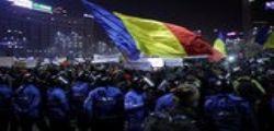 Romania : 300.000 persone contro il governo