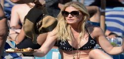 Hofit Golan: bikini mozzafiato sulle spiagge di Mykonos