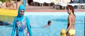 Divieto burkini in Francia : Ora le turiste islamiche arrivano in Liguria sulle spiagge di Alassio