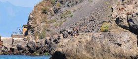Procida : turista cade nel precipizio e resta aggrappata alle stepaglie