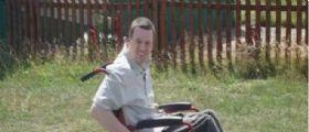 Regno Unito | Disabile Simon Thomason allontanato dalla sala giochi : E