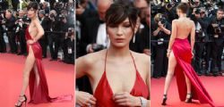 Bella Hadid mezza nuda sul red carpet di Cannes - Foto
