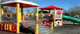 Spinea, paura al Villaggio dei Fiori : Bimbo si punge con una siringa abbandonata nel parco giochi