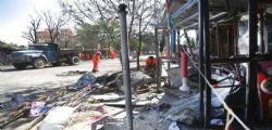 Talebani rivendicano autobomba a Kabul : 24 morti