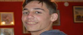 Michele Ruffino suicidatosi a 17 anni per bullismo: La mamma chiede giustizia, insulti ai funerali