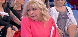 Uomini e Donne, Gemma Galgani in crisi: lacrime a non finire