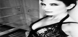 La smemorata! Pamela Prati dimentica lo scandalo e publica scatti sexy