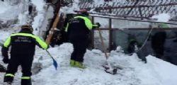 Hotel Rigopiano : ci sono 6 vivi sotto la valanga, i soccorritori al lavoro