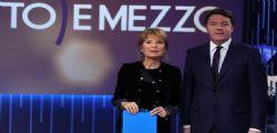 La gaffe Lilli Gruber sugli arresti domiciliari genitori di Renzi
